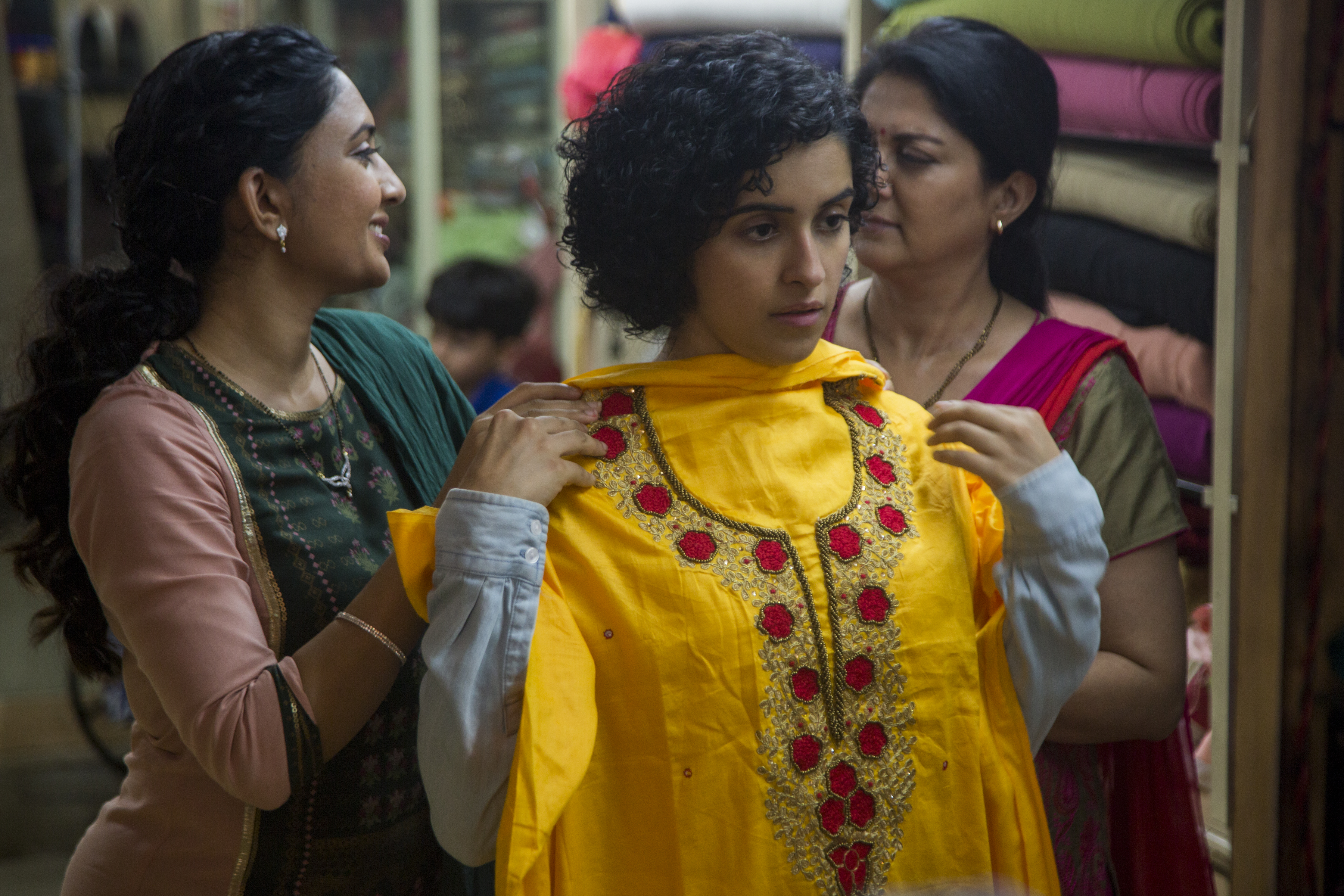 https://www.edfilmfest.org.uk/sites/edfilmfest.org.uk/files/2019/resource-collection/02_Photograph_Photo%20by%20Joe%20D%27Souza.%20%C2%A9%202018%20Tiwari%27s%20Ghost%2C%20LLC.%20All%20Rights%20Reserved.jpg