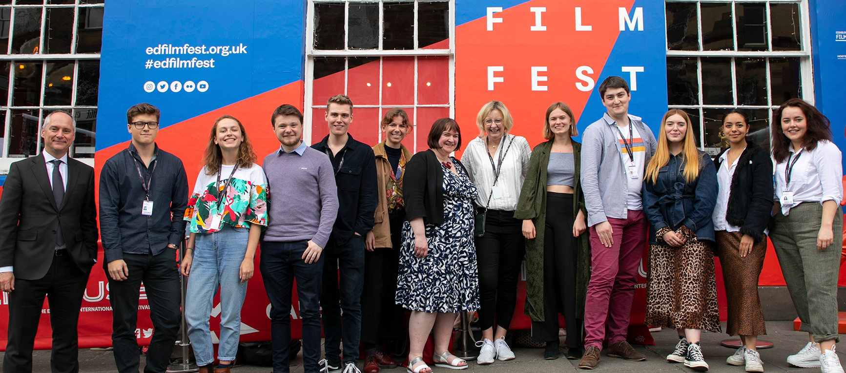 2019 Student Critics pose with their film journalist mentors.